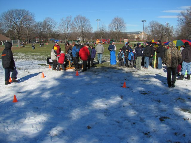 0705 Winter Fun Day 2013 Sled Races